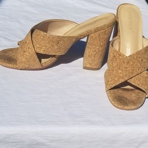 👡👡👡Shoedazzle Cork heels